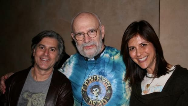 "Gary Marks, Dr. Oliver Sacks (writer of ""The Last Hippie"" case study), and Gwyn Lurie on the set of The Music Never Stopped (photo: Les Firestein)"