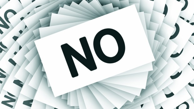 SUBMISSIONS INSANITY: Getting Rejected? Then Do These 5 Things by Lucy V. Hay | Script Magazine #scriptchat #screenwriting