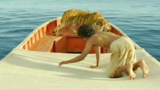Suraj-Sharma-in-Life-of-Pi-2012-Movie-Image-4