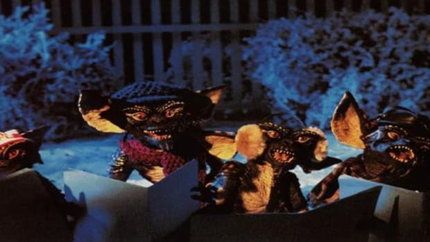 Ding dong merrily on high ... I'm guessing you wouldn't want **these** carol singers at your door?!?!