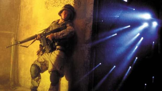 FROM SCRIPT TO SCREEN: 'Black Hawk Down' by David S. Cohen | Script Magazine #scriptchat