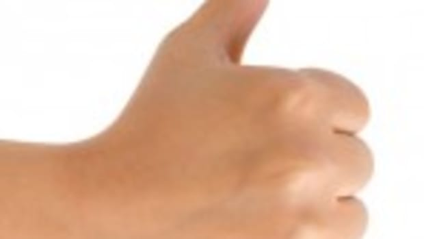 thumbs up cropped