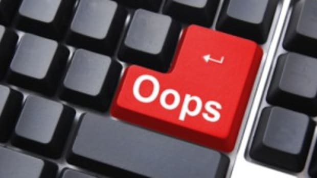 logline mistakes