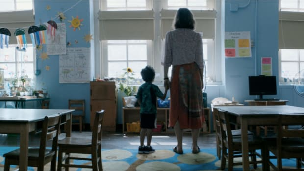 Maggie Gyllenhaal as Lisa, and Parker Sevak as Jimmy, on the set of THE KINDERGARTEN TEACHER, Courtesy of Netflix, ©2018
