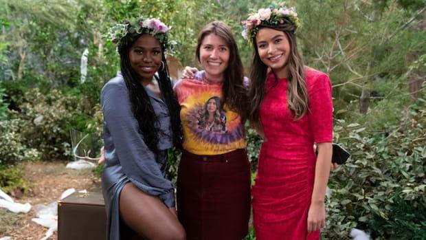 AS iCARLY On Set 2- Lisa RoseParamount+