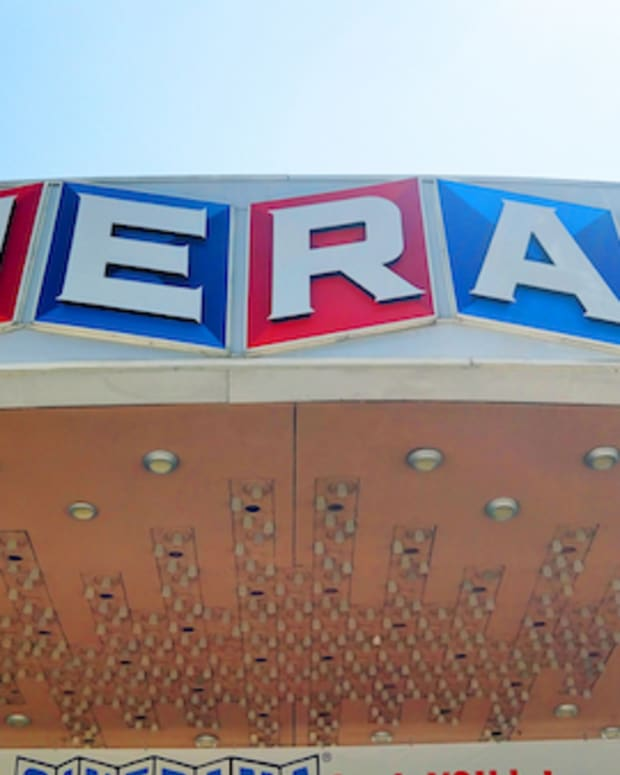Cinerama-Photo-Kevin-Delin-Script21