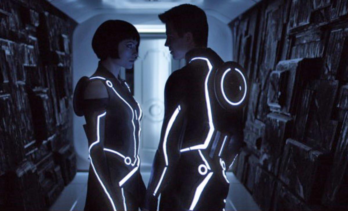 Olivia Wilde and Garrett Hedlund, pre-electric sex.