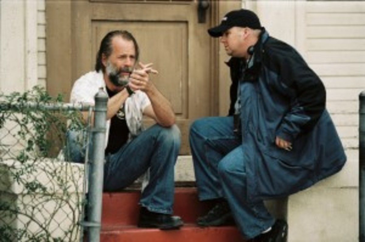 """Bruce Willis and Doug Richardson on the set of """"Hostage."""" Photo by Frank Masi."""