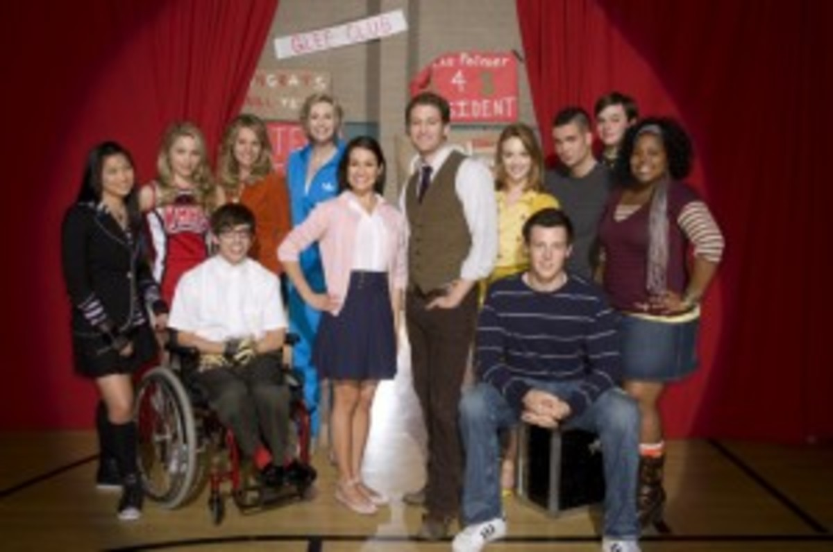 Glee cast photo FOX