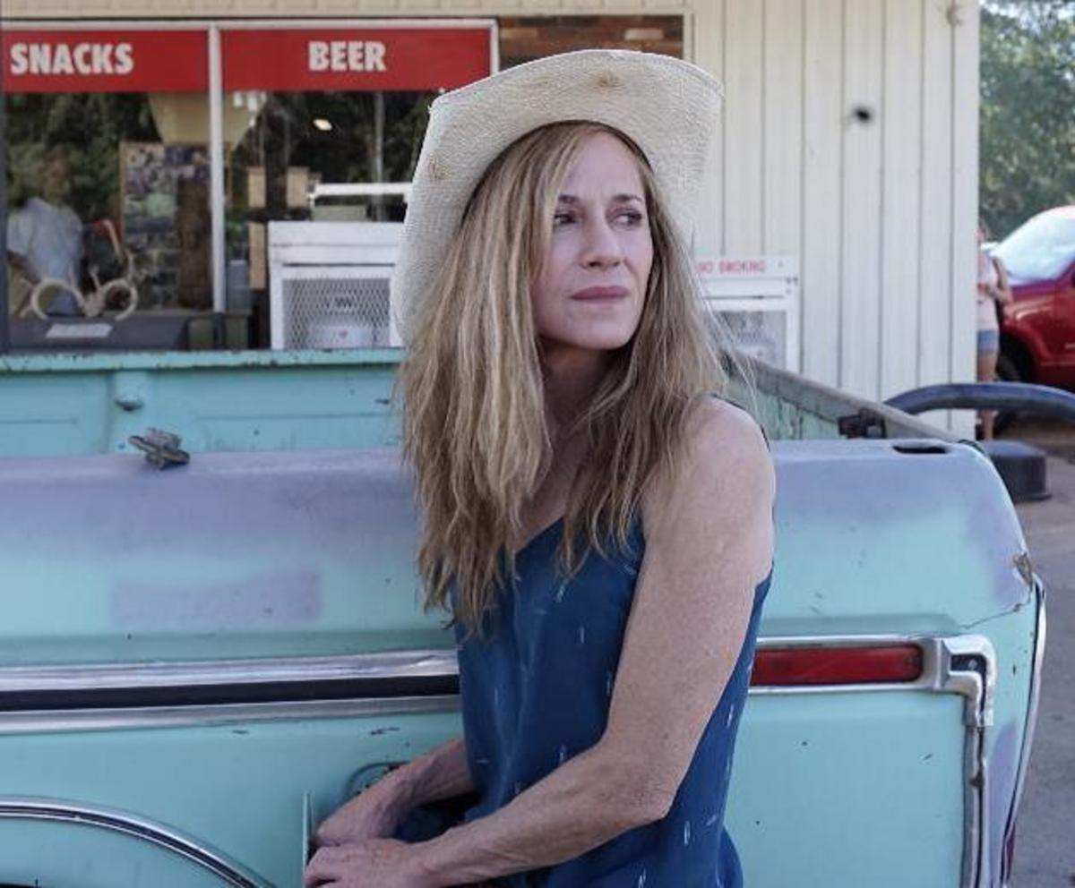 Susan Kouguell speaks with writer and director Katherine Dieckmann about her latest feature film Strange Weather, starring Holly Hunter.