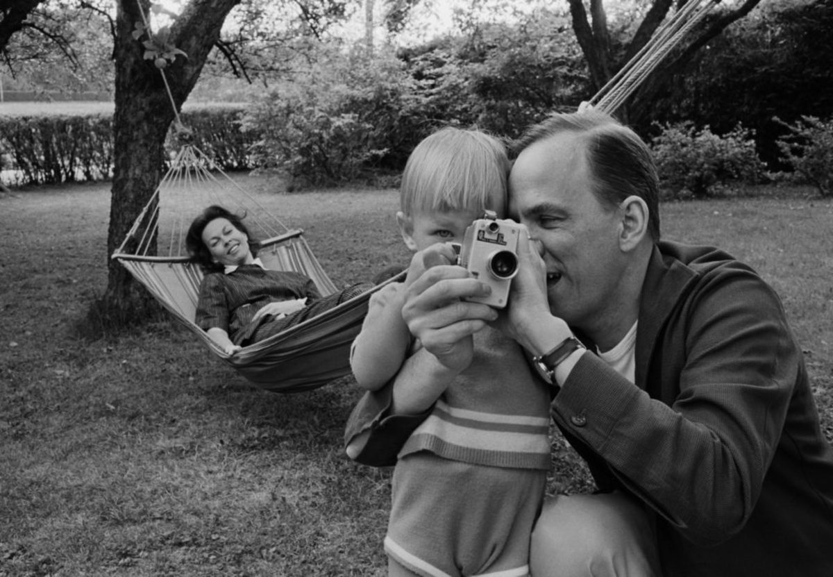 "Film Director Ingmar Bergman together with wife Kabi Laretei and son Daniel. Picture from the book ""Lennart Nilsson - his best pictures""."