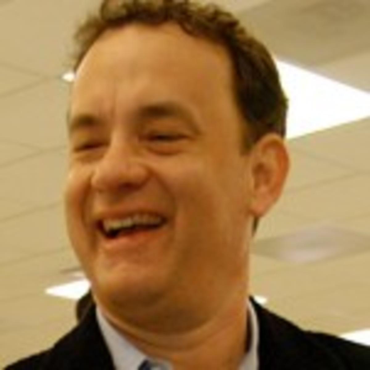 Tom_Hanks,_smiling1a