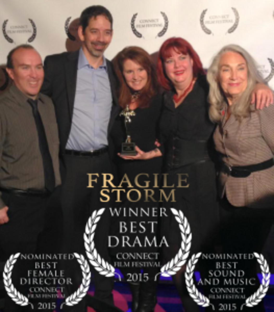 Some of the Fragile Storm cast & crew: James Popiden, Kelly Raymer, Dawn Fields, Debbie Rankin and Jody Jaress.