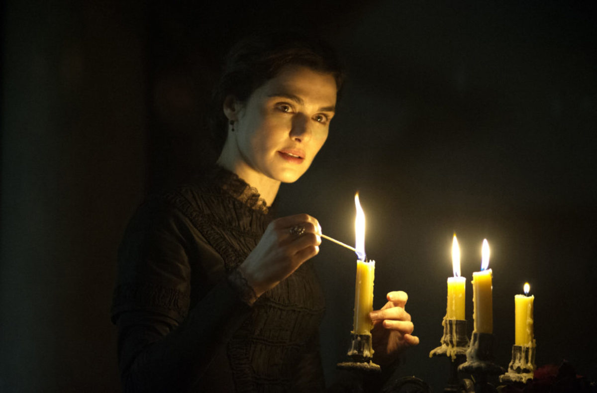 "Rachel Weisz as ""Rachel Ashley"" in MY COUSIN RACHEL. Photo by Nicola Dove. © 2016 Twentieth Century Fox Film Corporation All Rights Reserved"