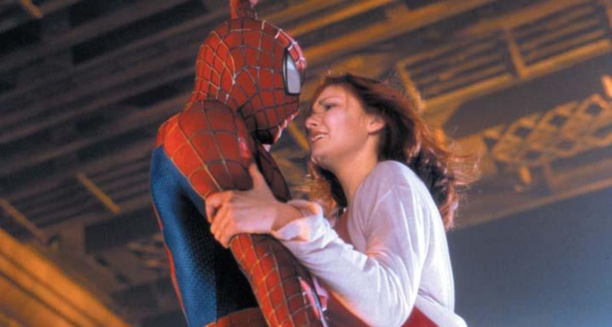 Kirsten Dunst (Mary Jane Watson) and Toby Maguire as Spider-Man ALL PHOTOS: Columbia Pictures Sony Pictures Entertainment Co.©2002 All Rights Reserved. PHOTO BY: Zade Rosenthal