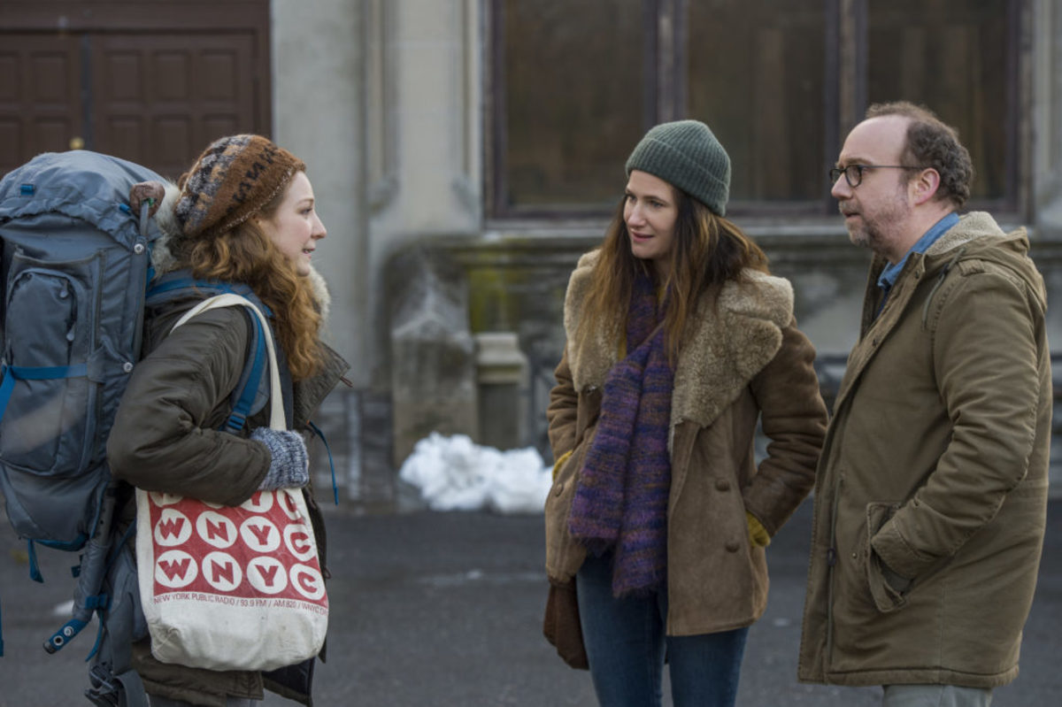 Kayli Carter, Kathryn Hahn and Paul Giamatti in 'Private Life' - Photo Credit: Jojo Whilden, Courtesy of Netflix, ©2018
