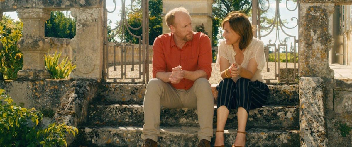 Matt Walsh, Judith Godrèche in Under the Eiffel Tower