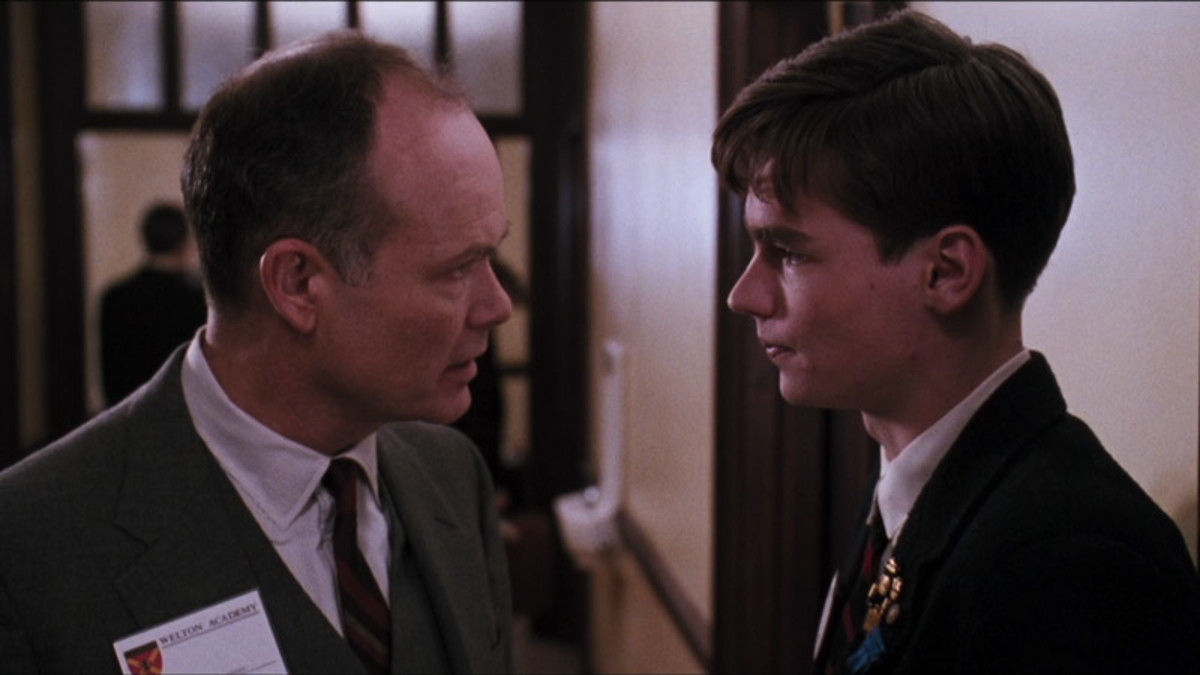 Kurtwood Smith (Mr. Perry); Robert Sean Leonard (Neil Perry)
