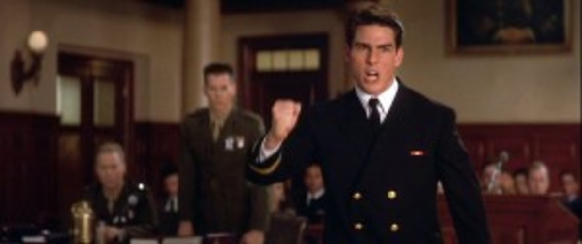 Daniel Kaffe becomes a hero in A Few Good Men because of how he differentiates himself from his reflection characters.