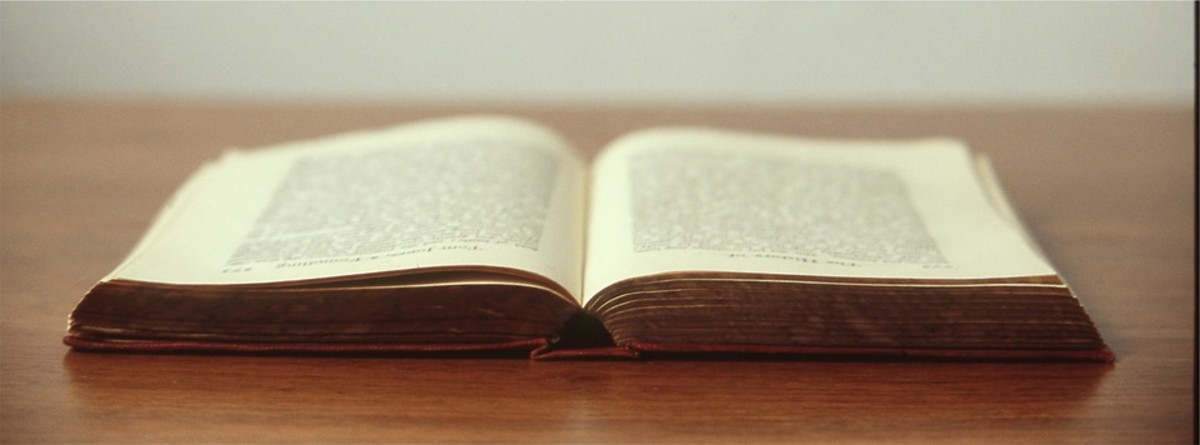 Should You Turn Your Script Into a Novel? by Russell Nohelty | Script Magazine #screenwriting #scriptchat