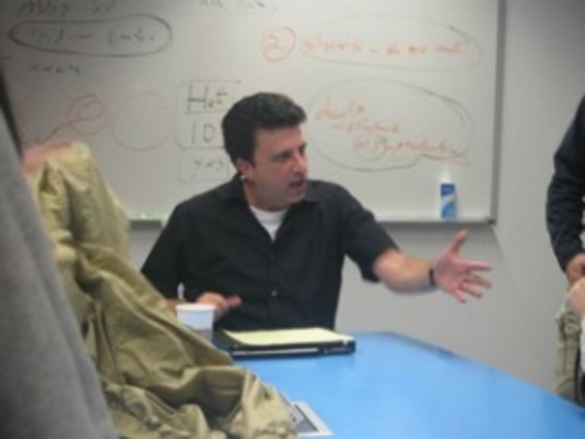 SCRIPT INDUSTRY EXPERT Q&A: Meet Corey Mandell of 'Reel Story' | Script Magazine