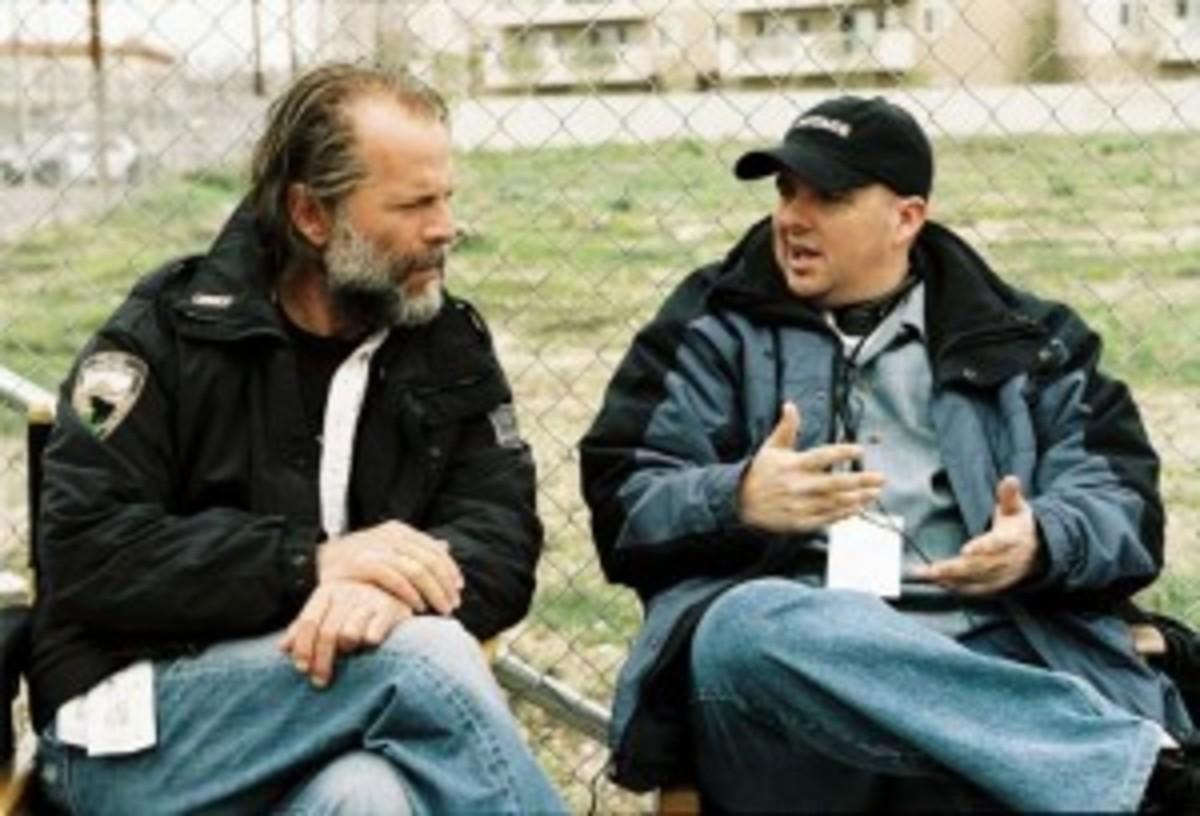 Willis and Richardson on set of 'Hostage'