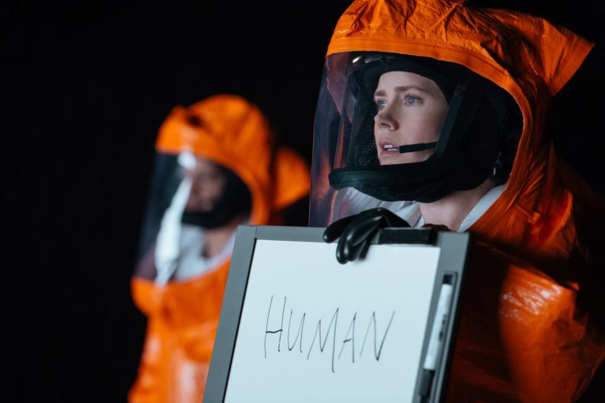 Amy Adams (right) as Louise Banks in ARRIVAL by Paramount Pictures. Photo Credit: Jan Thijs