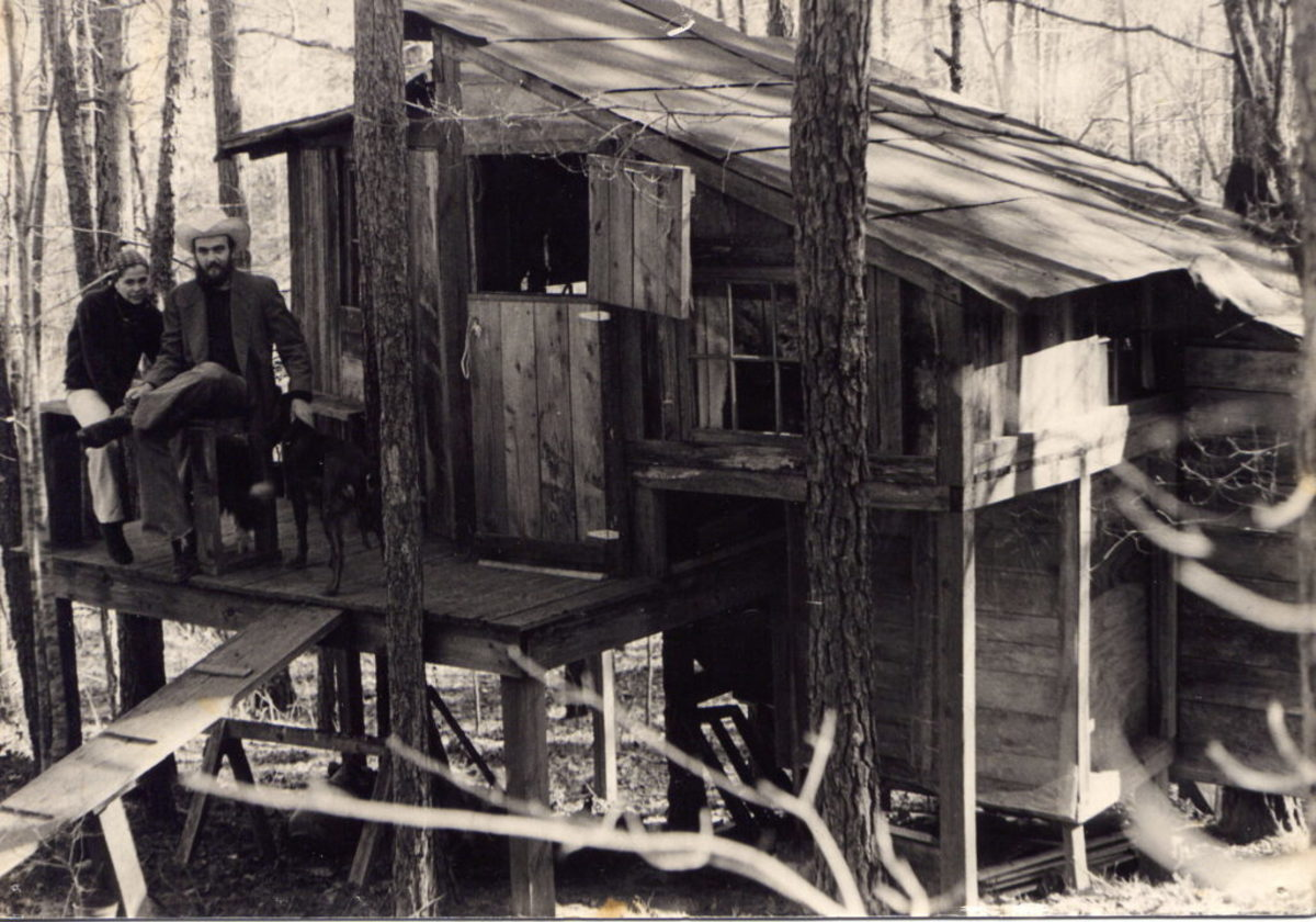 Sybil Rosen and Blaze Foley, in the treehouse, 1975, photo Courtesy Michael Boyle