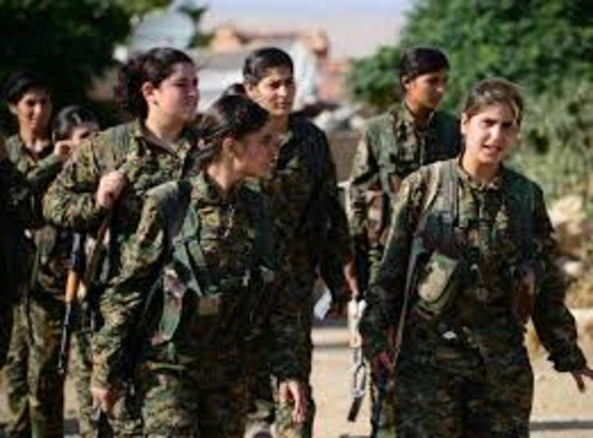 Warrior girls Kurds