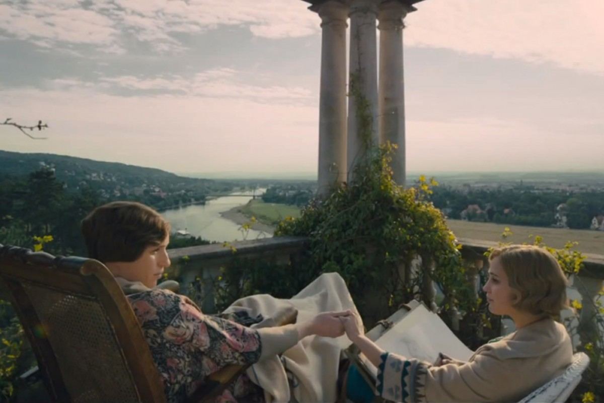 Eddie Redmayne and Alicia Vikander as a transgender couple in 'The Danish Girl'.