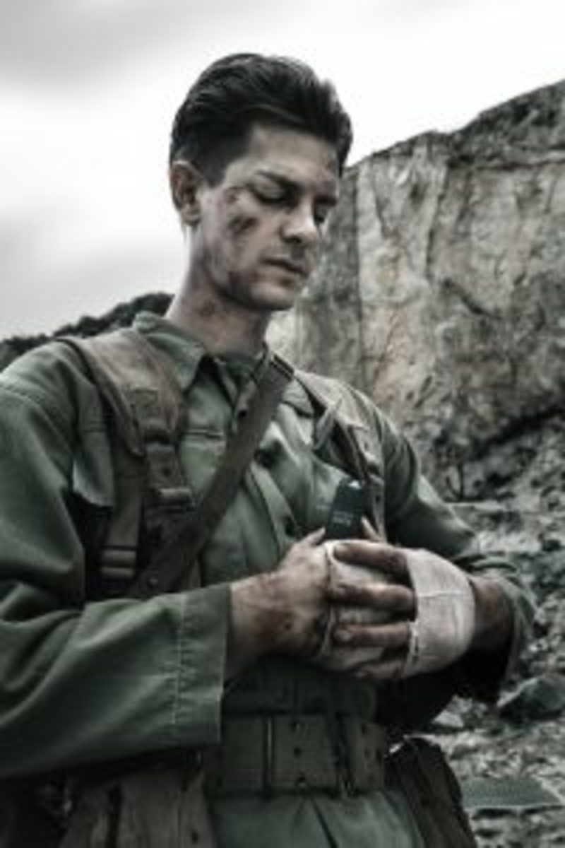 Andrew Garfield stars as 'Desmond Doss' in HACKSAW RIDGE. Photo Credit: Mark Rogers
