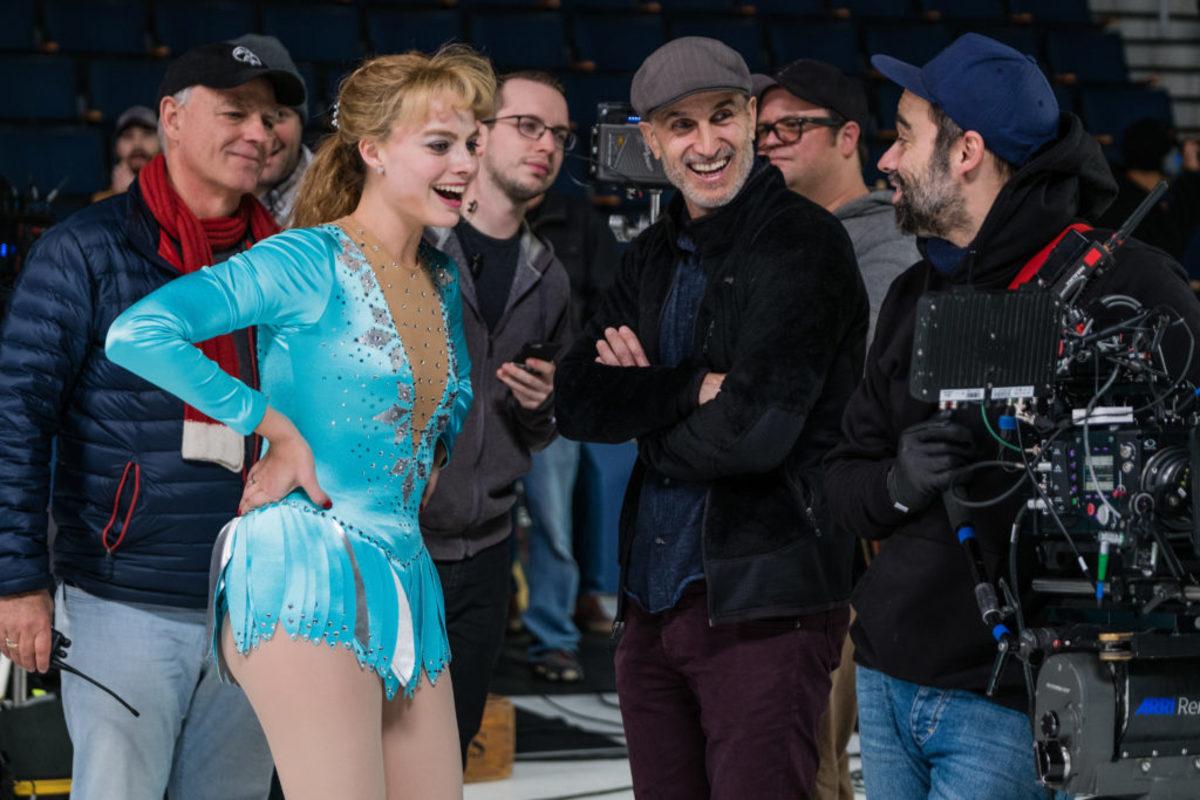 Margot Robbie and Craig Gillespie on the set
