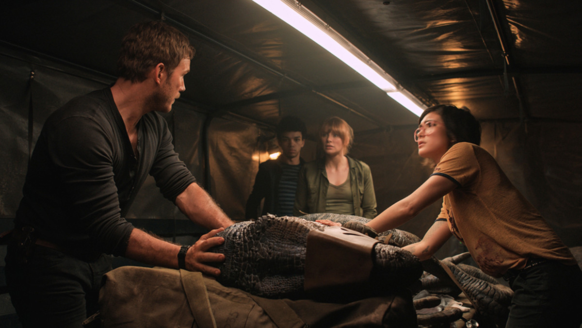 Tom Stempel examines the blockbusters, Incredibles 2, Jurassic World: Fallen Kingdom, Year of the Spectacular Men, and Let the Sunshine In, to showcase the screenwriters' choices for their female characters.