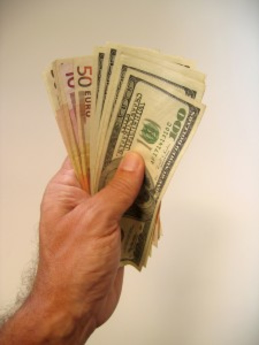 WRITERS ON THE WEB: Pay Yourself First by Rebecca Norris   Script Magazine #scriptchat