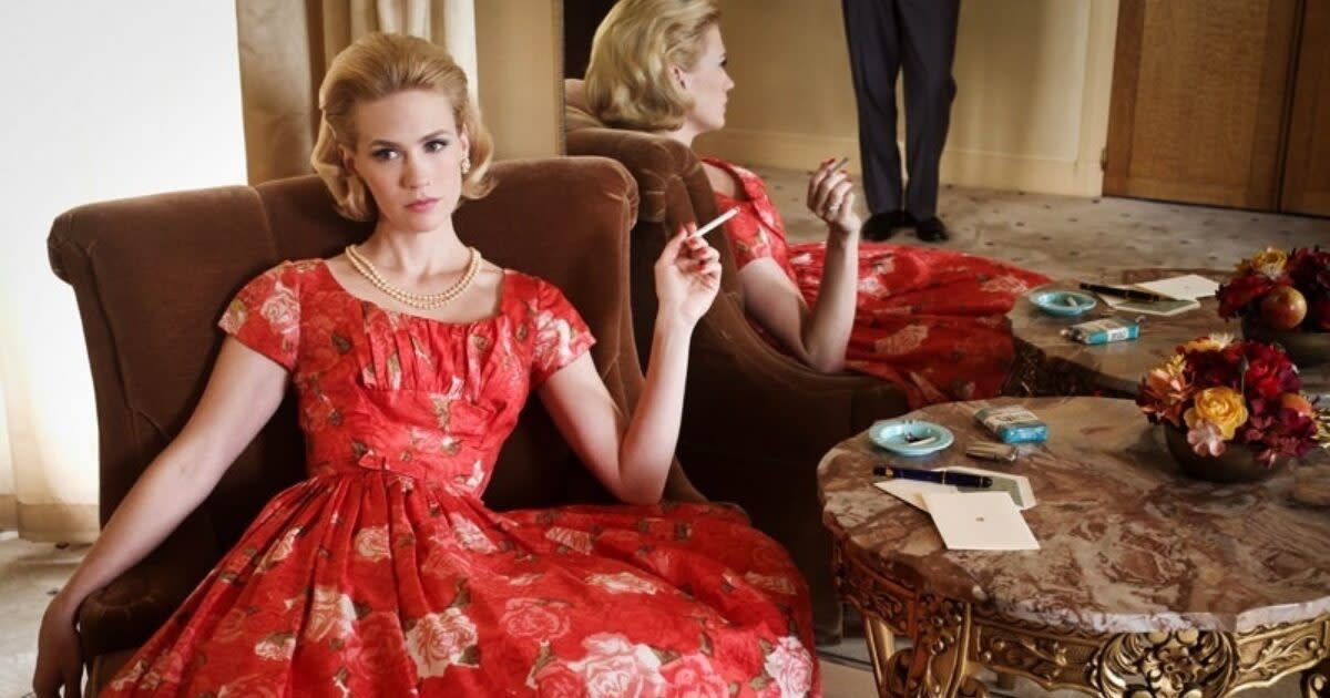 Betty Draper (January Jones) - Mad Men - Season 4 - Gallery - Photo Credit: Frank Ockenfels/AMC