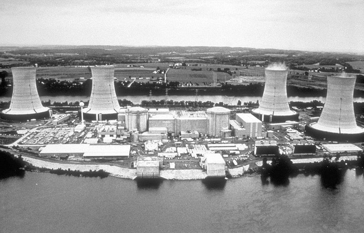 Three_Mile_Island_nuclear_power_plant