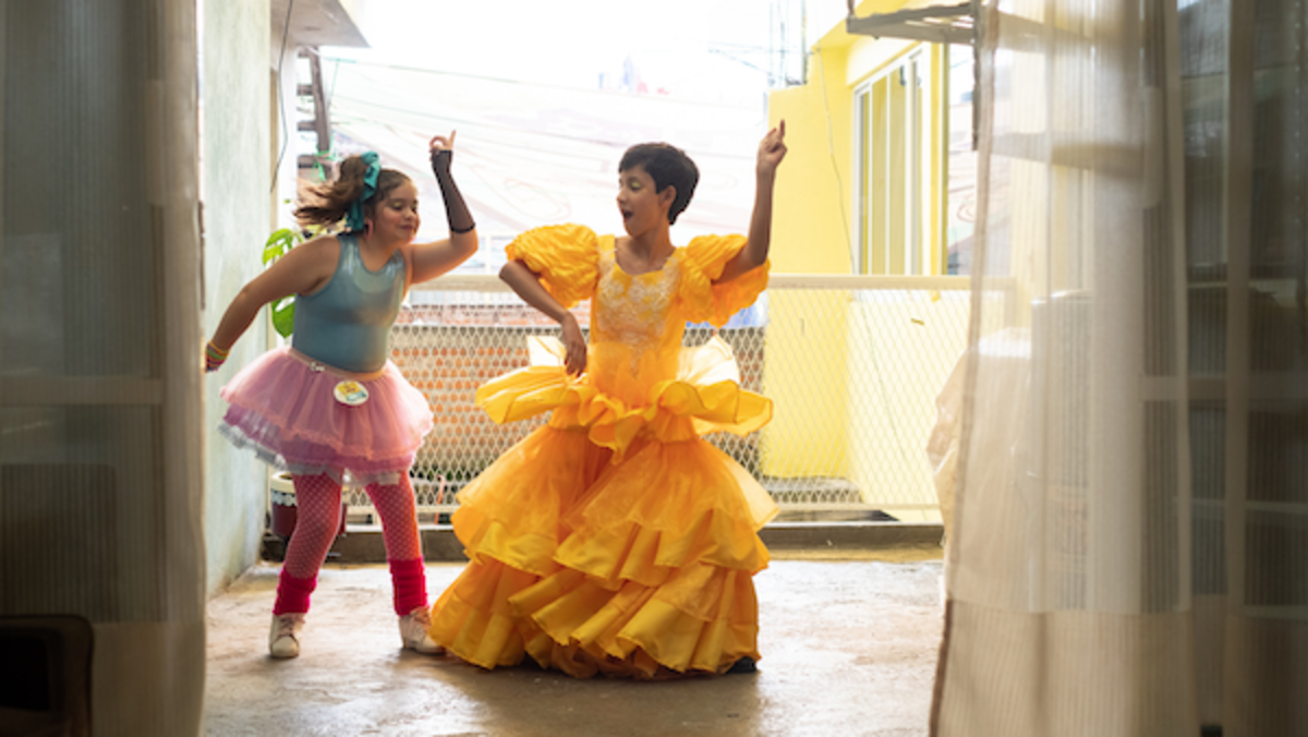 ALEXIA MORALES as Young Sandra, YAEL TADEO as Young Iván in I CARRY YOU WITH ME. Photo by Alejandro Lopez Pineda. Courtesy of Sony Pictures Classics.
