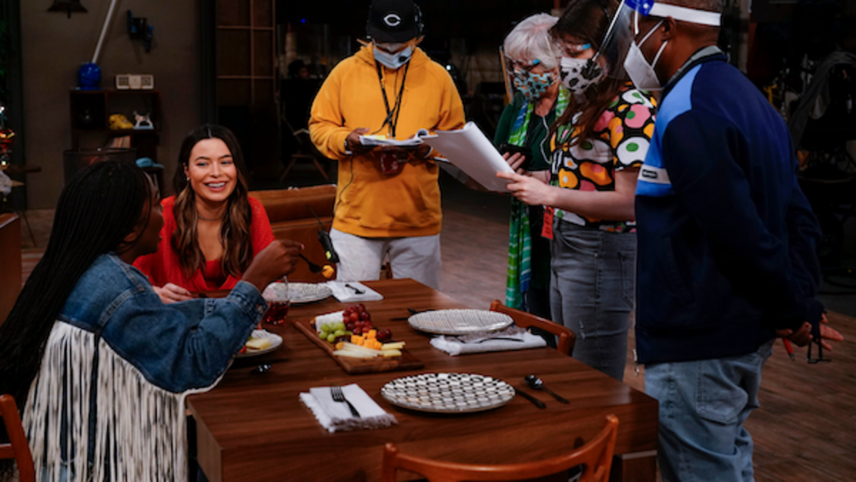 Behind the scenes on iCarly Set.Photo by Lisa Rose/Paramount+.
