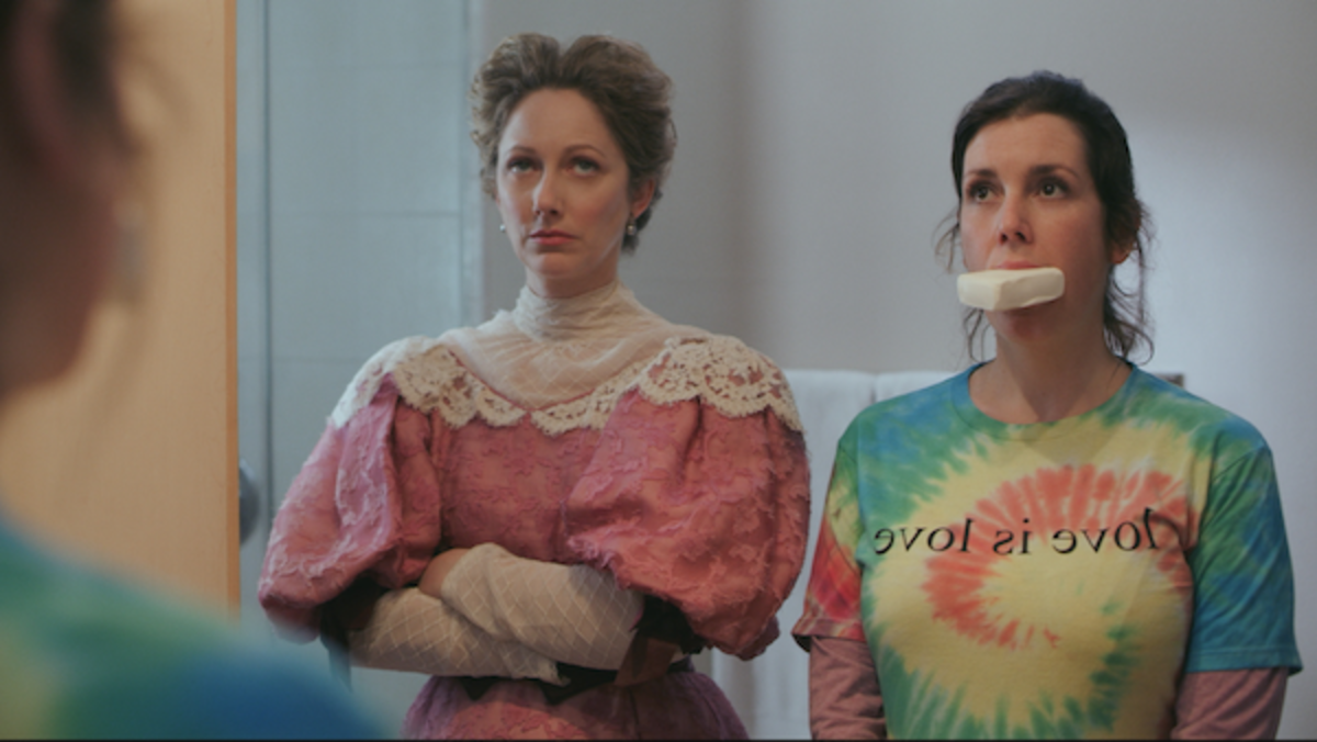 (L-R) Judy Greer as Lady Wadsworth and Melanie Lynskey as Hannah in the comedy film, LADY OF THE MANOR, a Lionsgate release. Photo courtesy of Lionsgate.